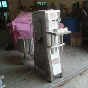 Volumetric Vial and Bottle Filling Machine SBLF 40